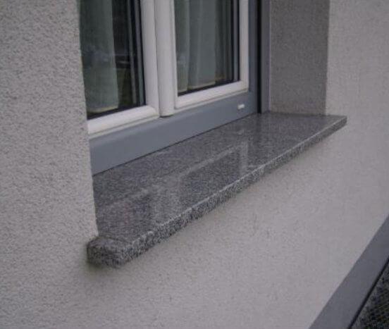 Pervaz din granit gri oriental
